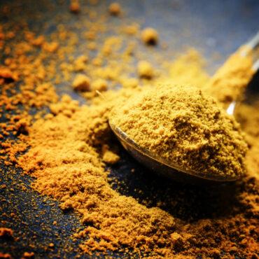 Curcuma e Maqui come antiossidanti e anti-aging