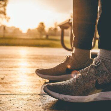 Meglio la corsa o la camminata per tornare in forma?